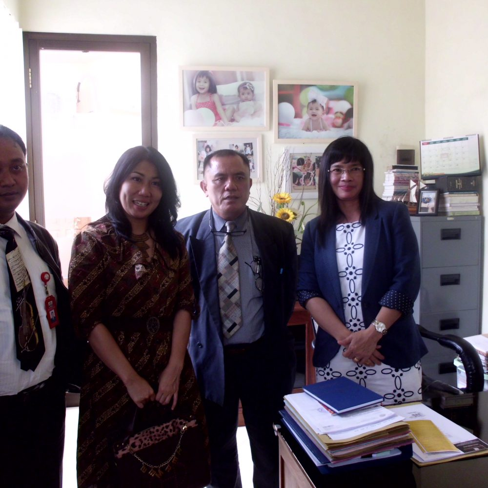 pengambilan data client di kantor notaris